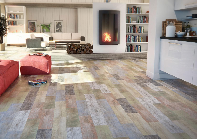 сочетание плитки и дерева на полу